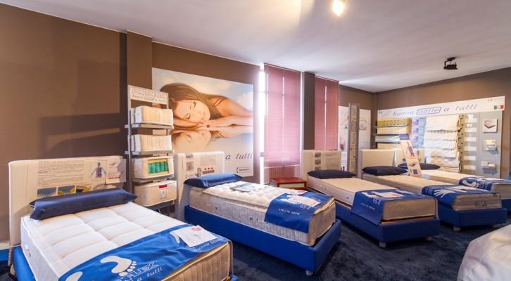 Materasso , reti e cuscini ..  Domus arredi presenta l'area del sonno e del riposo