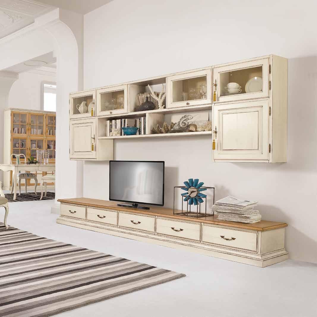 Emejing soggiorno classico images idee arredamento casa for Arredamento classico bianco