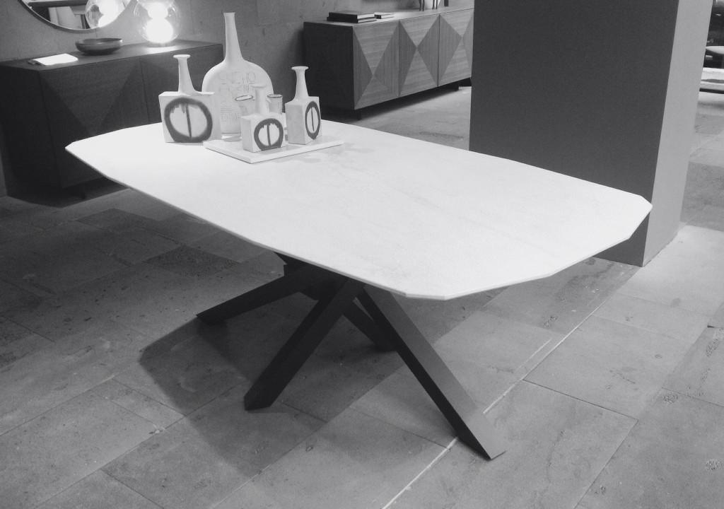 tavolo shangai riflessi top marmo