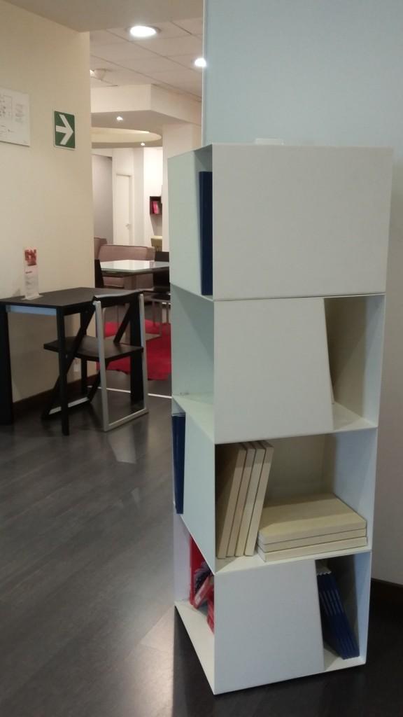Libreria girevole laccato bianco Jesse