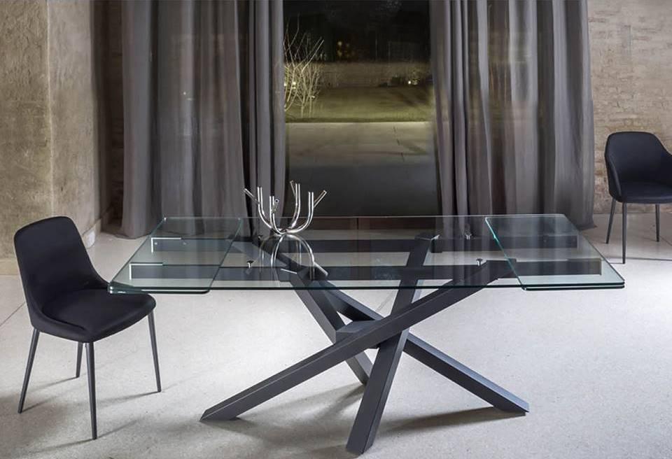 tavolo shangi riflessi piano vetro allungabile