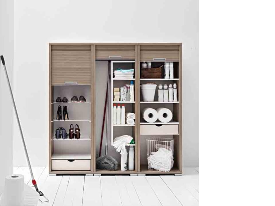 Mobili per ripostiglio con anta serrandina e idee salvaspazio - Ikea mobile portascope ...