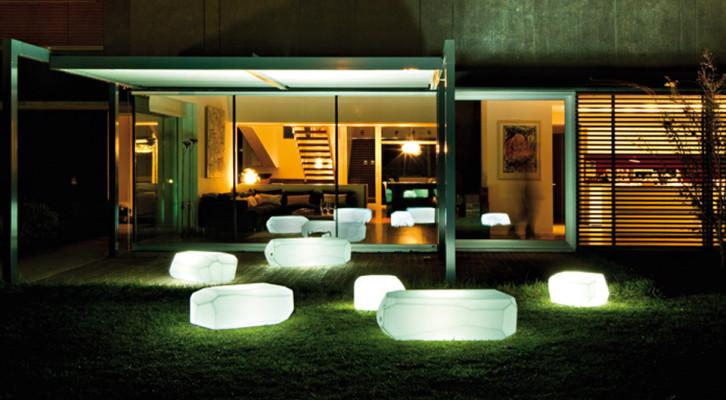 ILLUMINAZIONE: Lampade da interno ed esterno