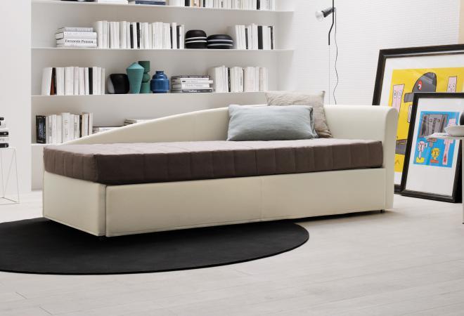divano a letto singolo con secondo letto estraibile