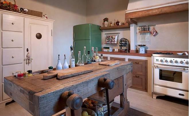 Tavolo da falegname con cassetto in vero legno di castagno - Cucina falegname ...