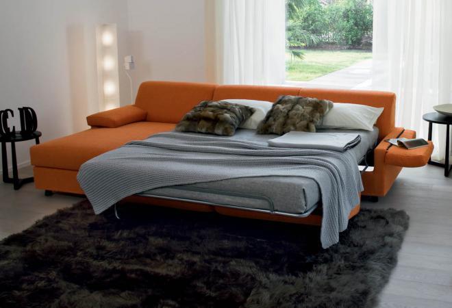 divano con penisola a letto