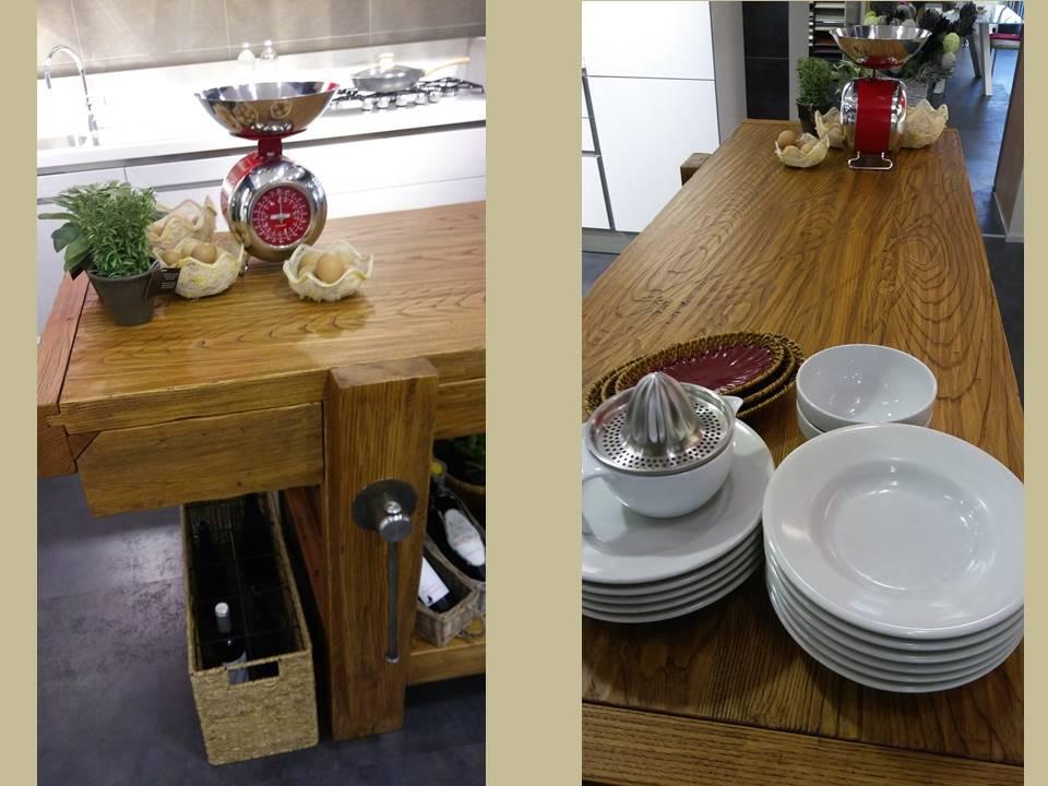 tavolo in legno da falegname