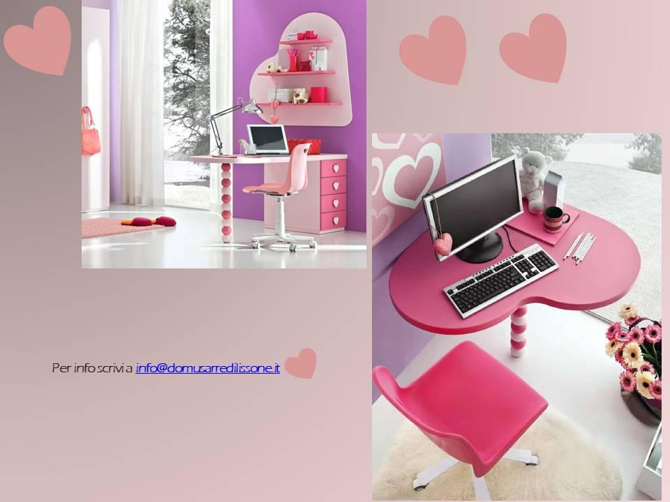 scrivania a cuore