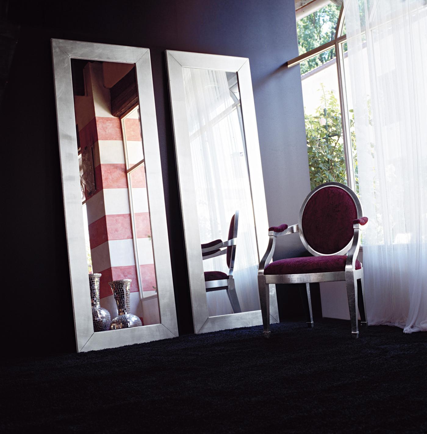 Specchiera modello Lenia di Tonin Casa