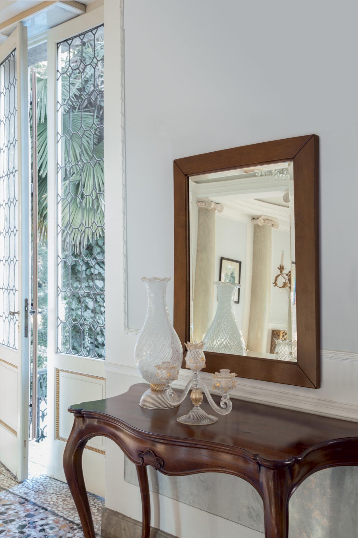 Specchio Siry, Tonin Casa