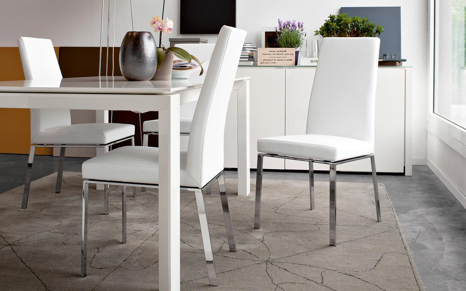 Nuova collezione di sedie calligaris ideali per la vostra casa for Rivestimento sedie