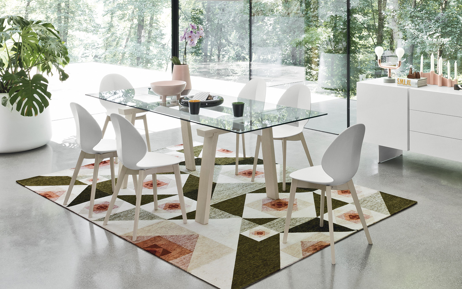 Tavoli linea classica noce laccati senza tempo for Tavoli e sedie calligaris