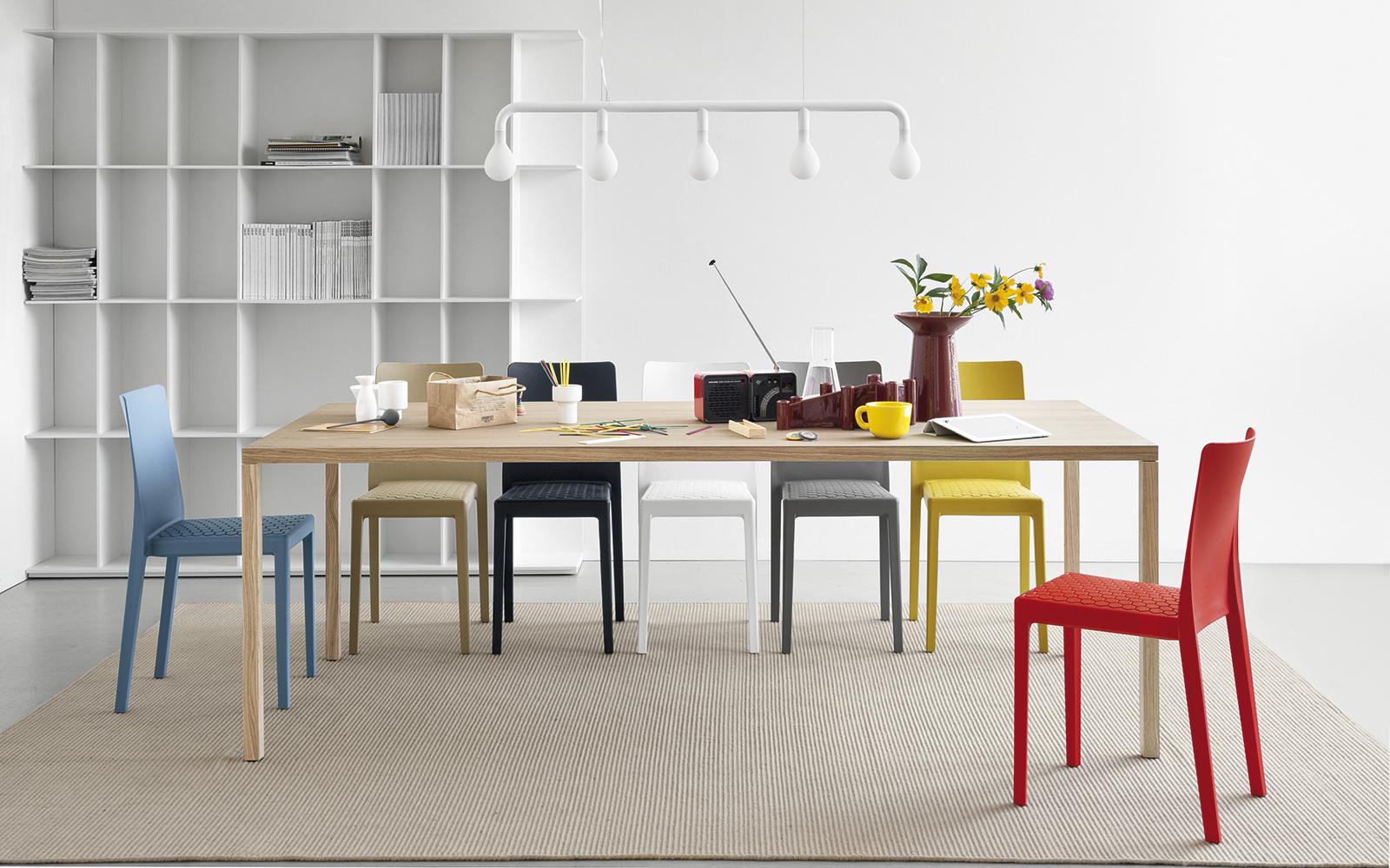 Nuova collezione di sedie calligaris ideali per la vostra casa for Sedie design tortora
